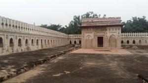 Mehrauli Arch 2
